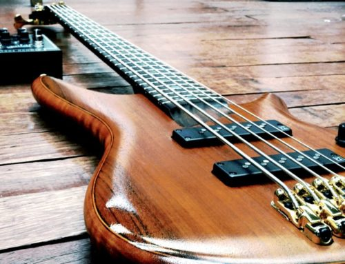 Short Scale 5 String Bass Guitar : Do They Exist?